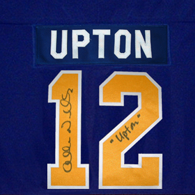 JS212_Charlestown-Chiefs-Signed-hockey-Jersey-Johnny