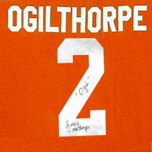 JS52_OGIE_OGILTHORPE_SLAPSHOT_MOVIE_SYRACUSE_BULLDOGS_SIGNED_HOCKEY_JERSEY_CU
